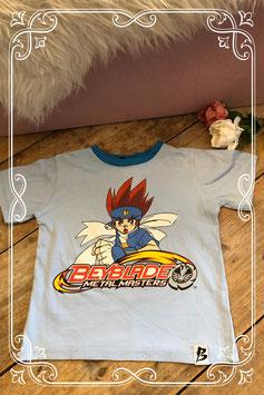 Lichtblauw shirt met print van Beyblade - Maat 104-110