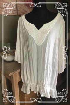Wit shirt met kralenhals van M&S Mode - Maat xxl