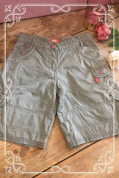 Legergroene korte broek van BP*C - maat 128