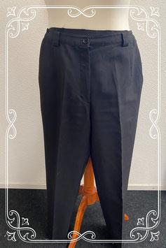 Mooie zwarte broek in maat 32/34