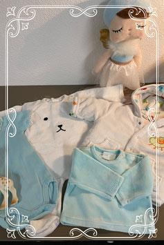 Zachtblauw - wit setje met o.a. Prenatal - maat 50/56