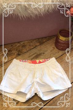 Witte korte broek van de HEMA - Maat 146/152