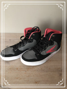 Nieuw: Zwart/grijs/roze sneakers van Osaga - Maat 38
