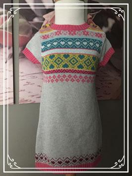 Gebreide jurk met kleurrijk motief en houten knoopjes - maat 98