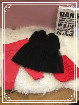 Zwart jurkje van Prenatal met twee rode broekjes Maat - 62