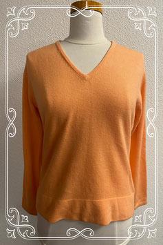 Nieuw! Licht oranje trui van Qinn maat M
