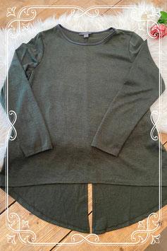 Een groen shirt van de primark - maat 42/44