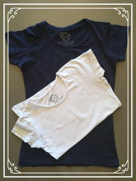 T-shirts: donkerblauw en wit - maat 134-140