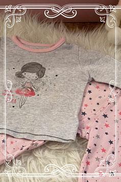 Grijs met roze pyjama van Primark - maat 74