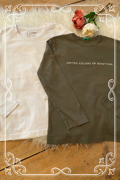 2-delig shirtjes setje van HEMA en benetton - maat 134/140