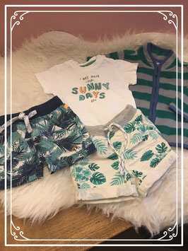 4 delige kleding set van verschillende merken - Maat 62