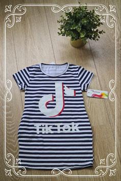 Nieuw! TikTok jurkje donkerblauw-wit gestreept - maat 92