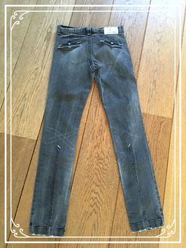 Een zwarte spijkerbroek van Guess Jeans - maat 176