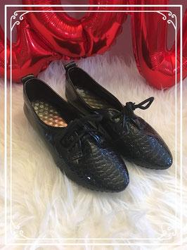 Zwarte nette schoentjes maat 36