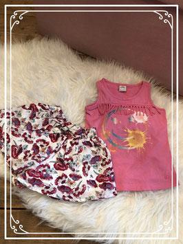 2 Delige kledingset van verschillende merken - Maat 92/98