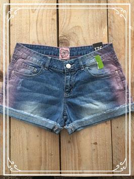 Nieuw: korte spijkerbroek van C&A-maat 176
