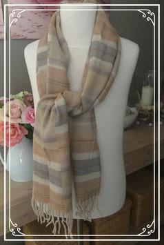 Lichtbruin gestreepte sjaal