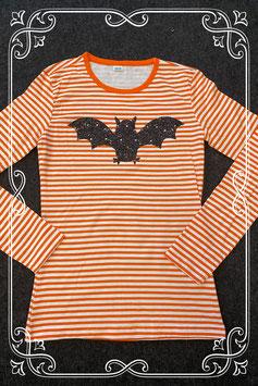 Nieuw! Wit met oranje longsleeve met vleermuis maat 146/152