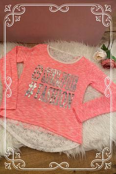 neon roze shirt met tekst en wit kant - maat 134