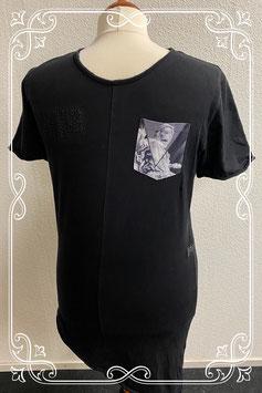Zwart shirt met schuine onderkant van Ashes to Dust maat M