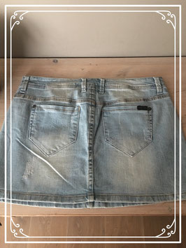 Korte denim rok van only - maat W29
