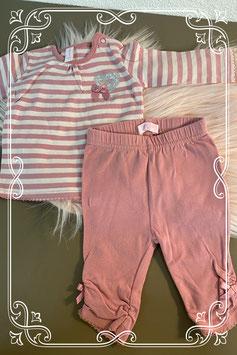 Schattig roze truitje met bijpassende legging van Newborn maat 50