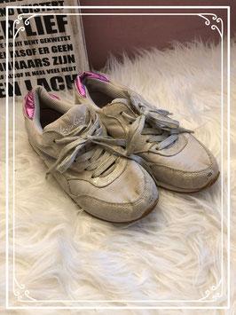 leuke Kipling schoenen maatje 34