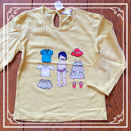 Geel shirtje met poppetje dat je kan aankleden - maat 98