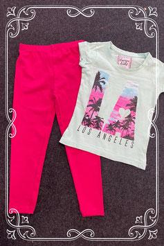 Leuk mintgroen shirt van Europe Kids maat 98/104 en roze legging maat 104