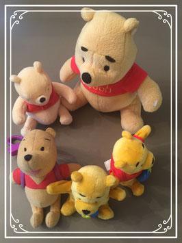 Vijf  Winnie de Pooh knuffeltjes
