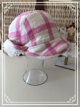 Roze/wit geruite muts van de H&M