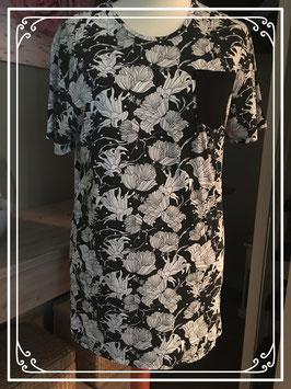 Gebloemde vrolijk shirt merk NON Grada - maat XL