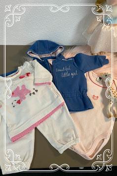 4-delige set: Vest van Name it - romper van Hema- shirt en broekje van Prenatal maat 50/56