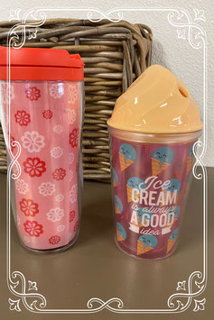 Koffiebeker en limonadebeker