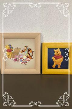 Twee schilderijtjes van Winnie de Poeh
