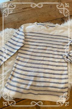 Blauwgrijs-wit gestreepte trui van Esprite - maat xs