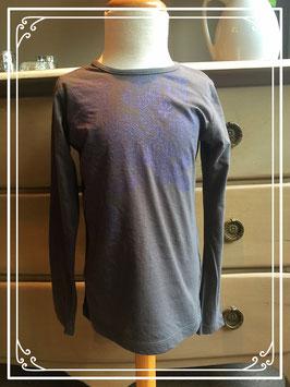 Donkergrijs shirt van D-zine met paarse bloemenprint - maat 128-134