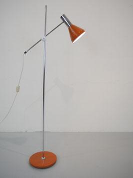 vintage Stehleuchte mit Gelenkarm in orange