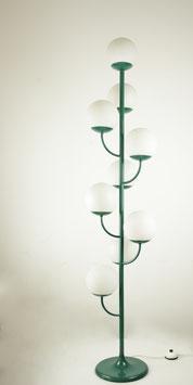 große space age Stehleuchte in grün mit Kugeln aus Opalglas, 9-flammig, Kaiser Leuchten, 1960er