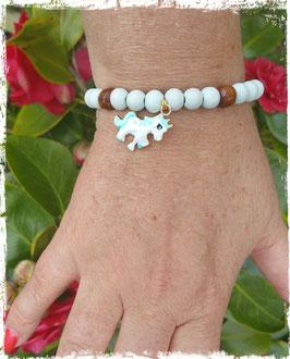 Bracelet bois Licorne