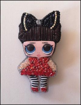 Broche Jade Doll