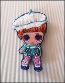 Broche Yasmin Doll