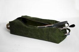 Mäppchen/ Kulturbeutel aus gewachster Baumwolle | Oilskin | grün