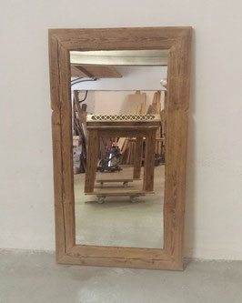 Spiegel mit Altholzrahmen