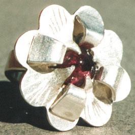 Blumenring, Silber mit rosa Turmalin