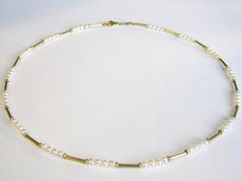 Kette, 585er Gold mit SW-Zucht Perlen