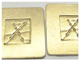 Ohrstecker, eckig in Gold