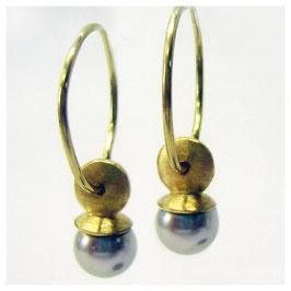 Ohrhänger, Kreolen in 750er Gold mit grauen Akoya Zuchtperlen