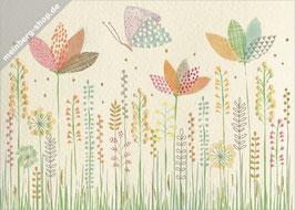Schmetterling und Wildblumen