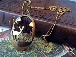 Halskette weihnachtlich Hirschpaar als Lasercut in Messing geschnitten